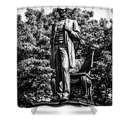 Chicago Abraham Lincoln Statue In Black And White Shower Curtain by Paul Velgos