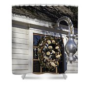 Chownings Tavern Wreath Shower Curtain