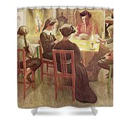 Christmas Holidays, Pub. In Lasst Licht Shower Curtain