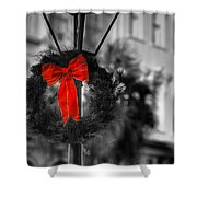 Christmas Wreath In Charleston Shower Curtain