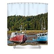 East Coast Low Tide Scene Shower Curtain