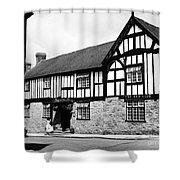 England: Red Lion Inn Shower Curtain