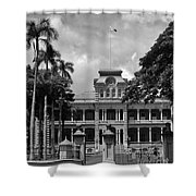 Hawaii's Iolani Palace In Bw Shower Curtain