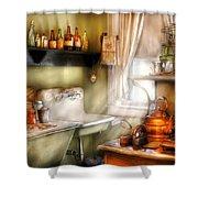 Kitchen - Momma's Kitchen  Shower Curtain