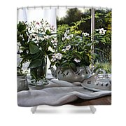 La Zuppiera Bianca E Rosa Shower Curtain