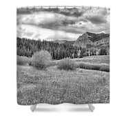 Lamar Valley Looking Towards Specimen Ridge Bw- Yellowstone Shower Curtain