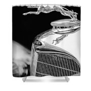 Lincoln Hood Ornament - Grille Emblem -1187bw Shower Curtain