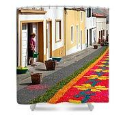 Making Flower Carpets Shower Curtain