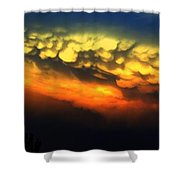 Nebraska Mammatus Sunset Shower Curtain