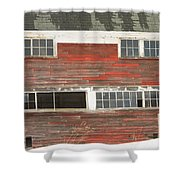 Old Maine Barn In Winter Shower Curtain
