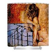 Palabra Cercada Shower Curtain