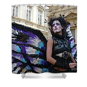 Papillion Femme Shower Curtain