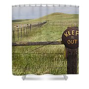 Rusty Keep Out Sign On Fence - California Usa Shower Curtain