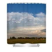 Shelf Cloud Mamacumulus Leading Edge  Shower Curtain