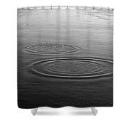 Skc 0211 Three Gradual Circles Shower Curtain