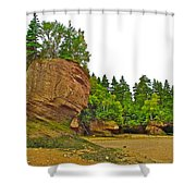 The Flowerpots At Hopewell Rocks On Bay Of Fundy-new Brunswick Shower Curtain