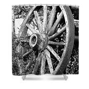 Wagon Wheel - No Where To Go - Bw 01 Shower Curtain