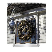 Wreath At Chownings Tavern Shower Curtain