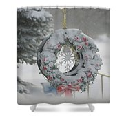 Wreath In A Snow Storm Shower Curtain