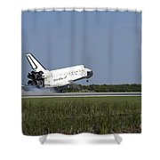 Space Shuttle Discovery Lands On Runway Shower Curtain