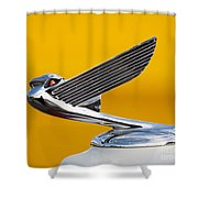 Eagle Hood Ornament Shower Curtain
