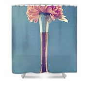 Estillo Vase - S01v3f Shower Curtain