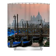 Gondole. Venezia. Shower Curtain