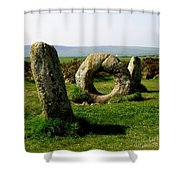 Men An Tol Shower Curtain