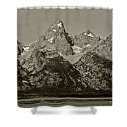 Middle Grand Owen And Teewinot Shower Curtain