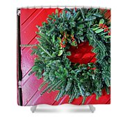 Old Mill Of Guilford Door Wreath Shower Curtain