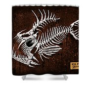Pescado Tres Shower Curtain