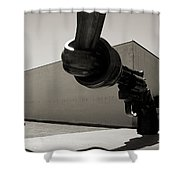 Un Fleuve De Liberte Shower Curtain