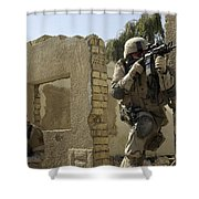 U.s. Army Soldiers Reacting To Small Shower Curtain