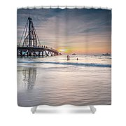 heche en Mexico Shower Curtain