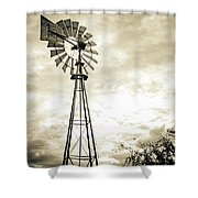 2017_08_midland Tx_windmill 3 Shower Curtain