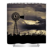 2017_09_midland Tx_windmill 8 Shower Curtain