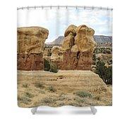Entrada Sandstone Hoodoos Devil's Garden Shower Curtain