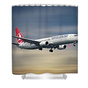 Turkish Airlines Boeing 737-9f2 Shower Curtain