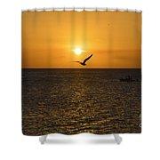 Amanecer Marinero Shower Curtain