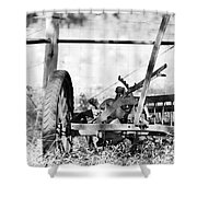 B/w 135 Shower Curtain