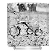 B/w033 Shower Curtain