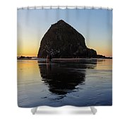 Beachcombers By Haystack Rock In Cannon Beach Shower Curtain