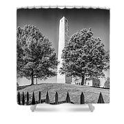 Boston Bunker Hill Monument - Monochrom Shower Curtain