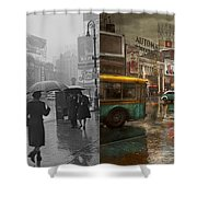 City - Ny - Times Square On A Rainy Day 1943 Side By Side Shower Curtain