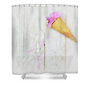 Daisy Ice Cream Cone Shower Curtain
