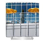 De Vormboom Shower Curtain