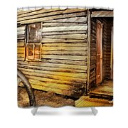Do-00040 Old House Front Shower Curtain