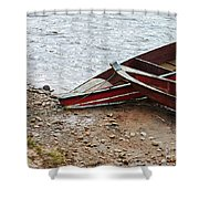 Dos Barcos Shower Curtain