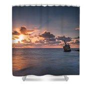 Edro 3 Shower Curtain