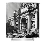 Fontana Di Trevi Rome, Italy - Bw Shower Curtain
